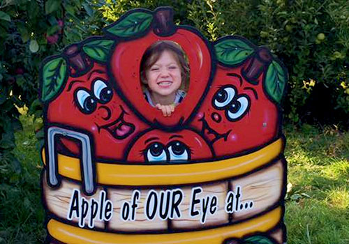 Educational School tours and group tours explore our u-pick apple orchards and market at Apple Castle.